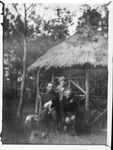 Unidentified family, ca. 1918, France
