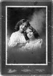 Constance Enslow and Alice Heath, ca. 1900