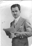 Broadcaster and commentator Lowell Thomas