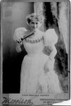 Cabinet card of Edna Wallace Hopper