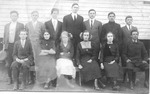 Bristol public school grades 7 & 8, 1912, Cam in back row center