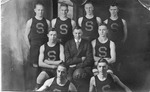 Cam Henderson (center, in suit) & Shinnston Hi basketball team, 1917