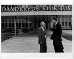 Dr. Nils Hultengren, with Dr. Carl Hoffman in front of Danderyds Hospital