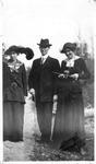 Hettie Perkins, Cyrus Meador & Edna L. Toliver, ca 1907?