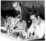 Chess club, Harlow Warren as judge, Sept. 10, 1972