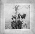 Mary, Mildred & Georgeanna McKendree, 1899