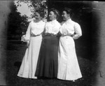 3 daughters of james E. Morrow: Alice, Hilda & Agnes