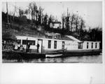 Barrette Portrait Co. photo boat