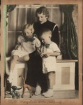 Nell, Mary Lou, and Bobby Hatfield, 1936